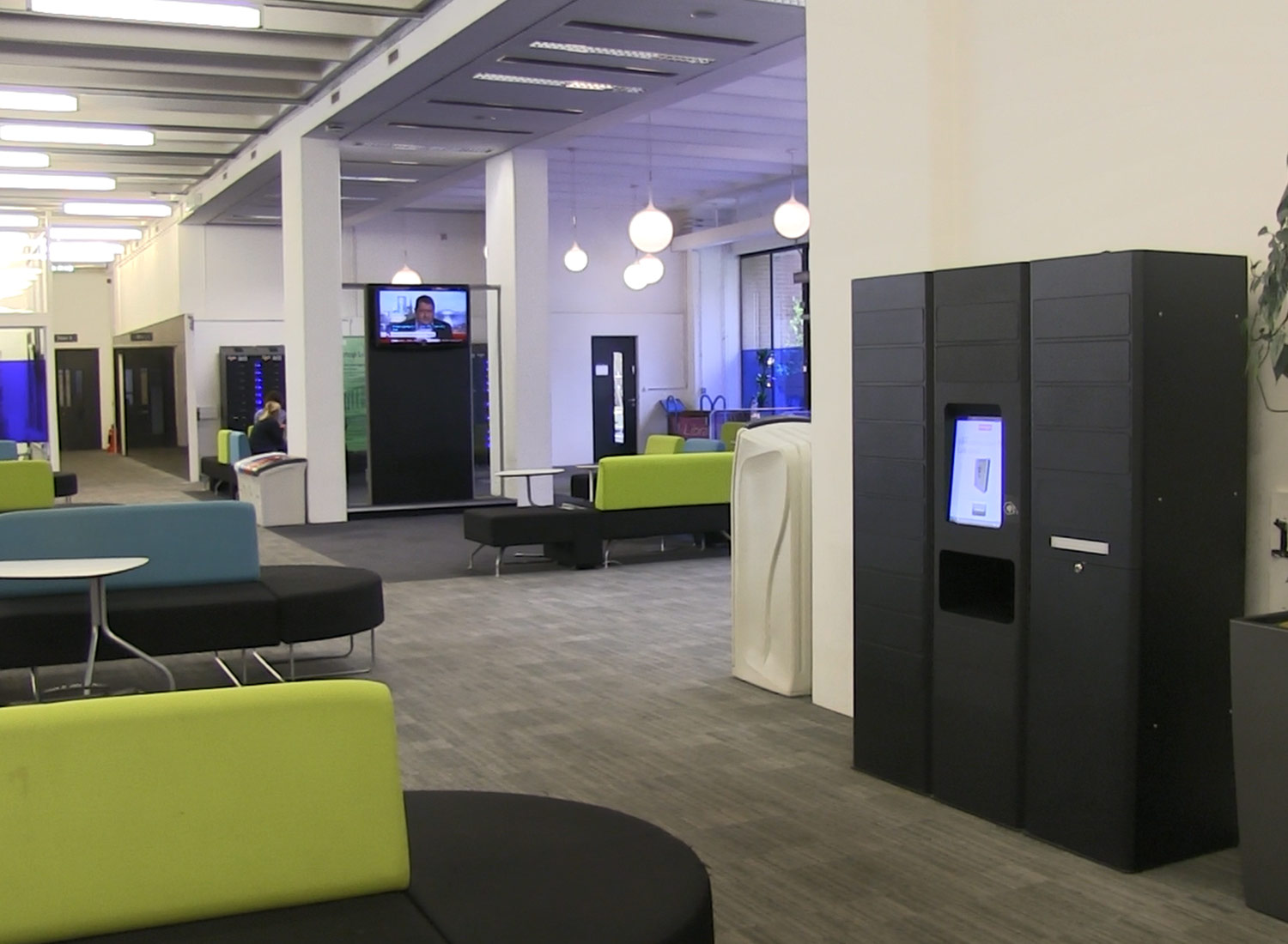 remotelocker in the University of Manchester library